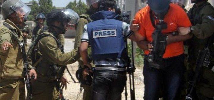 """سلطات الاحتلال تعتقل """"15"""" صحفياً في سجونه"""