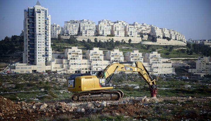 الاتحاد الأوروبي يدعو حكومة الاحتلال لوقف بناء المستوطنات