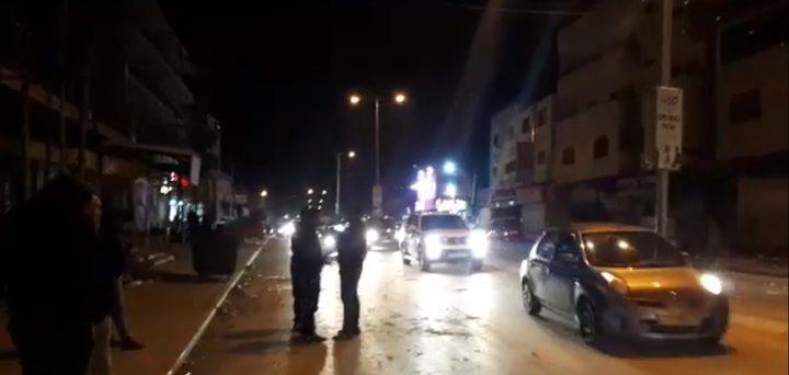 مستوطنون يقتحمون بلدة حوارة جنوب نابلس بحماية قوات الاحتلال