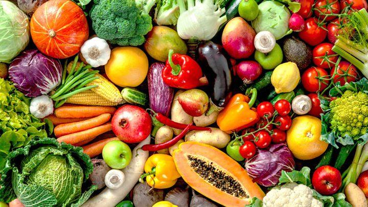 دراسة: تجنب تناول الخضراوات والفواكه يسبب القلق