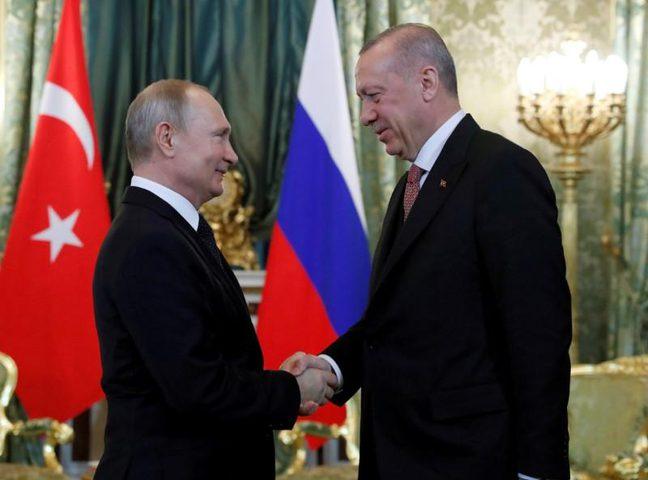 أردوغان: على روسيا ان تتنحى جانباً في سوريا