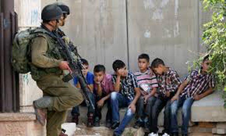 إرغام إدارة سجون الاحتلال بالسماح بتواجد ممثل للأسرى الأطفال