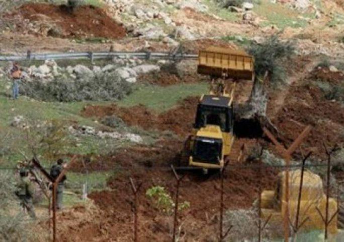 الاحتلال يواصل تجريف أراضي قصرة وجوريش جنوب نابلس