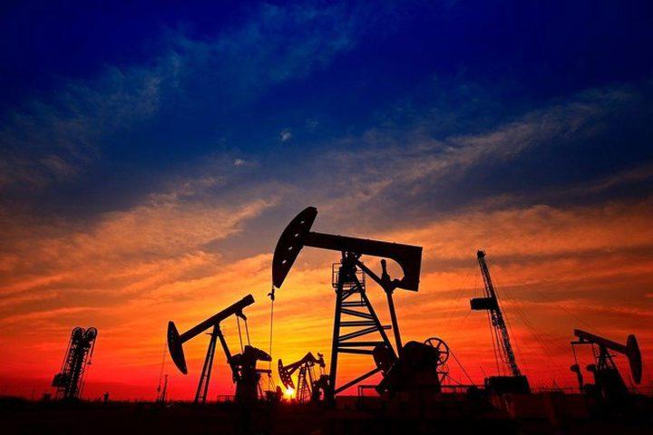 النفط يواصل مكاسبه