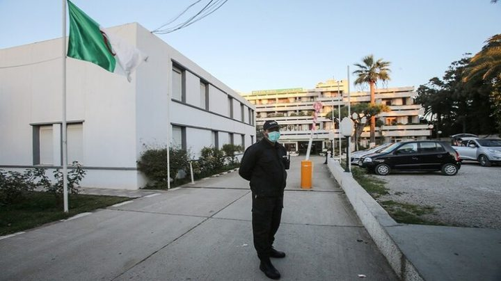 الجزائر تنفي اكتشاف لقاح ضد كورونا