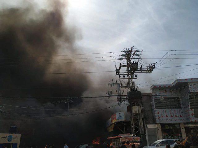 وفاة 10 مواطنين  واصابة العشرات إثر حريق وقع وسط قطاع غزة