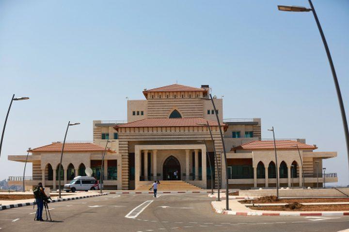 الرئيس يأمربوضع المكتبة الوطنية تحت تصرف وزارة الصحة حال الضرورة
