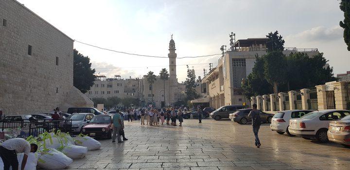 إغلاق جميع المساجد والكنائس والأديرة والمواقع الأثرية في بيت لحم