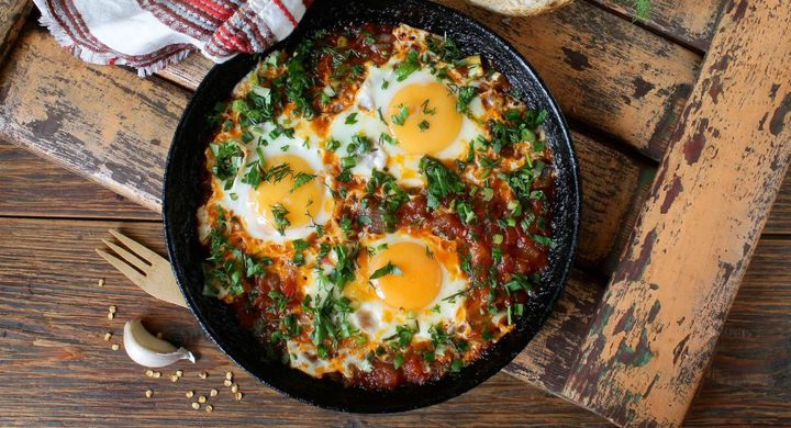 دراسة تكشف كمية البيض المسموح تناوله يوميا