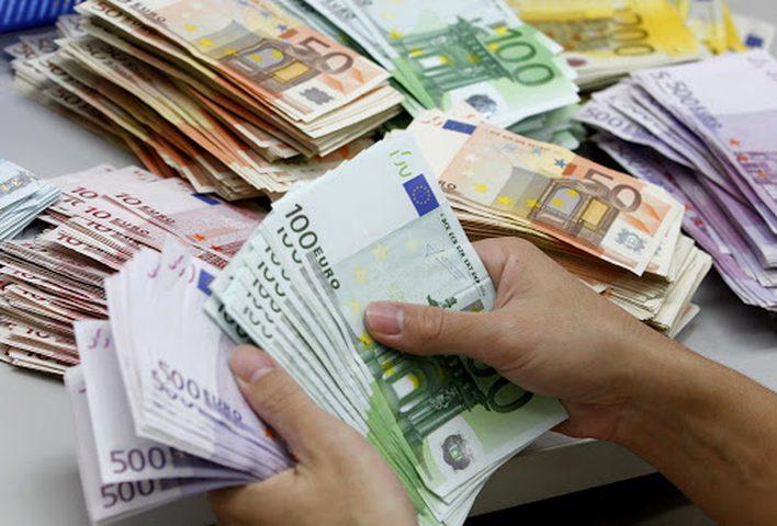 منظمة الصحة العالمية: الأوراق النقدية قد تسبب تفشي فيروس كورونا!