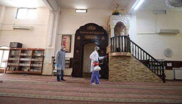وزراة الأوقاف تبدأ بتعقيم كافة المساجد والمرافق التابعة لها