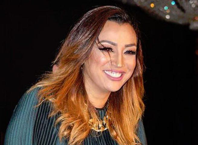 الفنانة صفاء جلال تطلب الدعاء لنجلتها