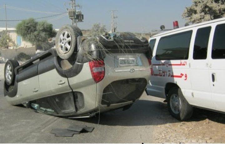 إصابة مواطنين اثنين بحادث انقلاب مركبة جنوب جنين