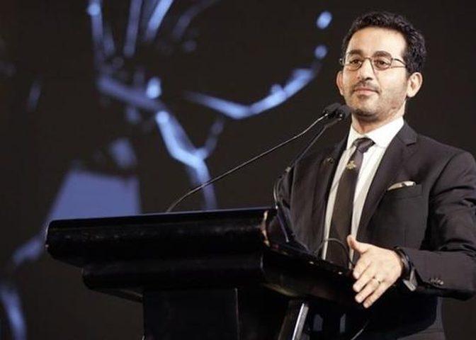 أحمد حلمي يحذر متابعيه من فيروس كورونا