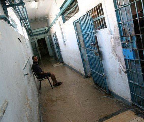 الزق يطالب حماس بالافراج عن المعتقلين السياسيين فوراً