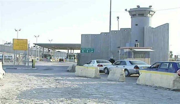الاحتلال يدرس إمكانية إغلاق حاجز شعفاط العسكري