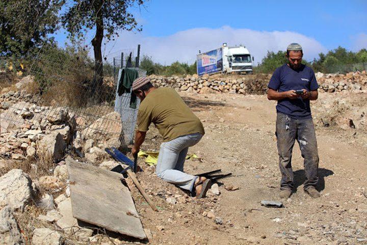 مستوطنون يهاجمون منازل المواطنين جنوب نابلس