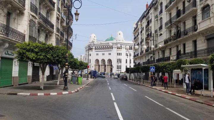فرض حظر التجول في العاصمة الجزائرية