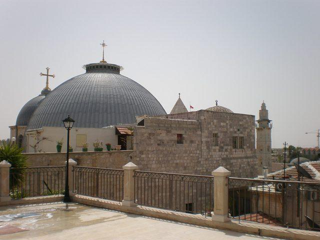 إغلاق كنيسة القيامة لمدة أسبوع ابتداء من اليوم