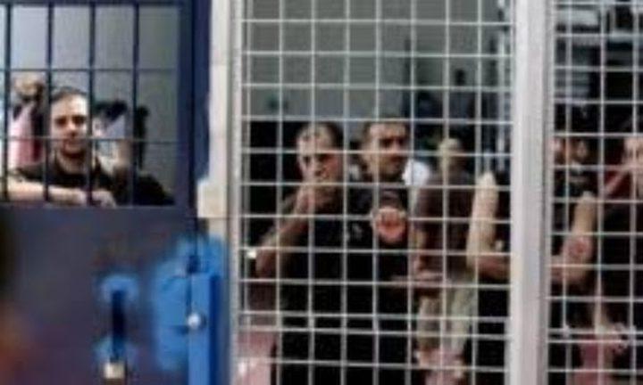 الأسرى: أنقذونا من كورونا قبل أن تتحول سجوننا إلى قبور