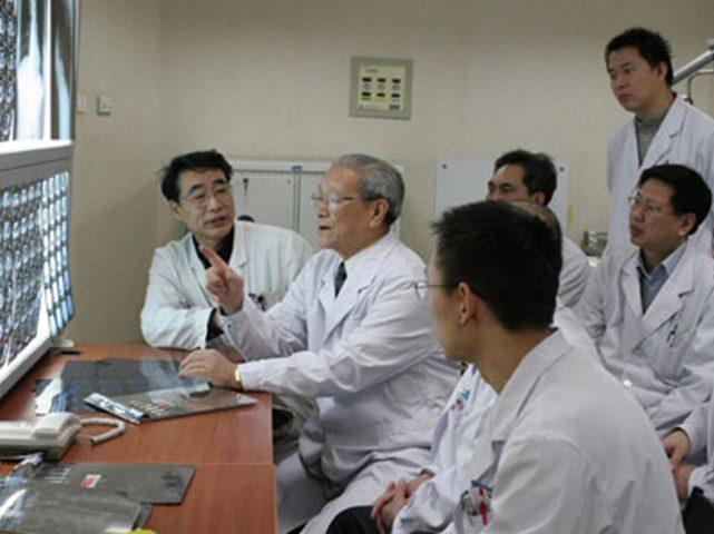 الصين تبدي استعدادها لارسال أطباء إلى فلسطين لمواجهة وباء كورونا