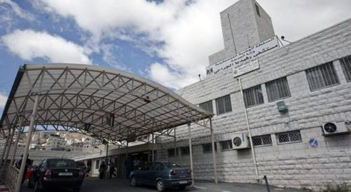 تقديم دعم مالي لمستشفى رفيديا في ظل ازمة كورونا