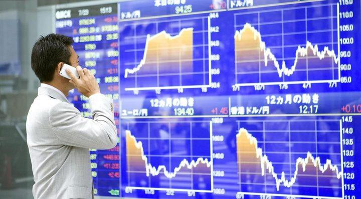 نيكي ينخفض 2.61% في بداية التعاملات ببورصة طوكيو