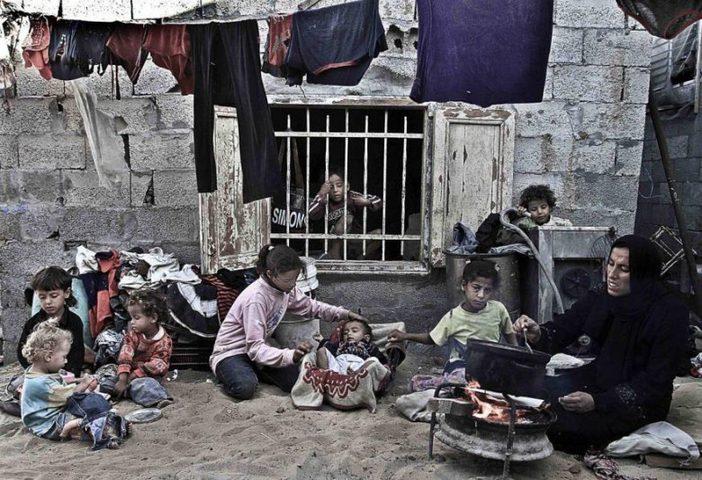 """التنمية الاجتماعية: 53 ألف أسرة جديدة تحت خط الفقر بسبب""""كورونا"""""""