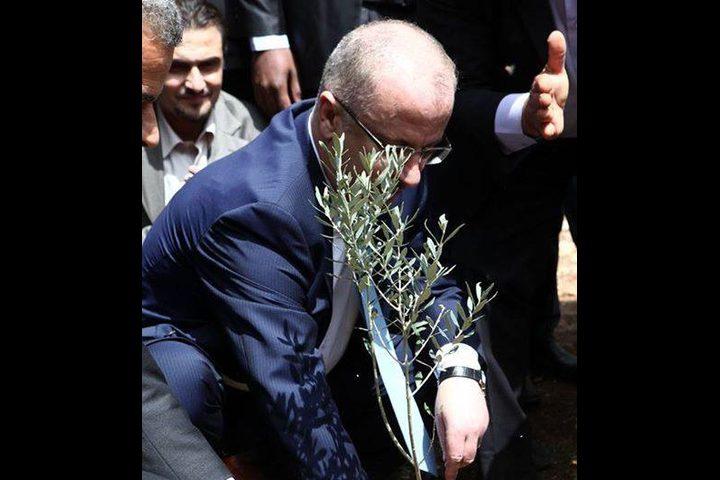 الحمد الله: الانتصار ليوم الأرض يستدعي منا حفظ أمن وسلامة المواطن