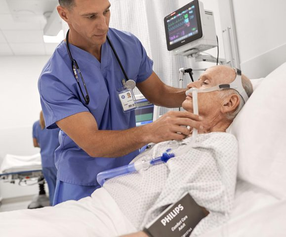 شركة فورد تنقذ أمريكا من خطر نقص أجهزة التنفس الصناعية
