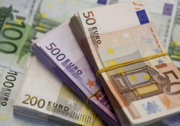 منطقة اليورو تهوي بالانزلاق على منحدر التضخم بفعل كورونا