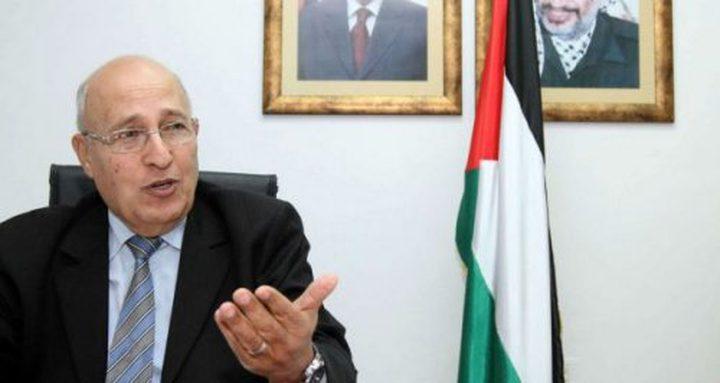 """شعث: سنتحرك دولياً ضد """"إسرائيل"""" لمحاولتها نشر """"كورونا"""" في فلسطين"""