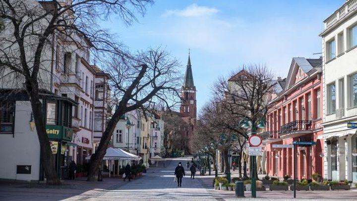 بولندا تطور تطبيقاً لاحتواء تفشي فيروس كورونا
