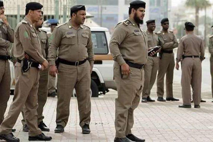 السعودية.. القبض على شاب قتل والدته خنقا