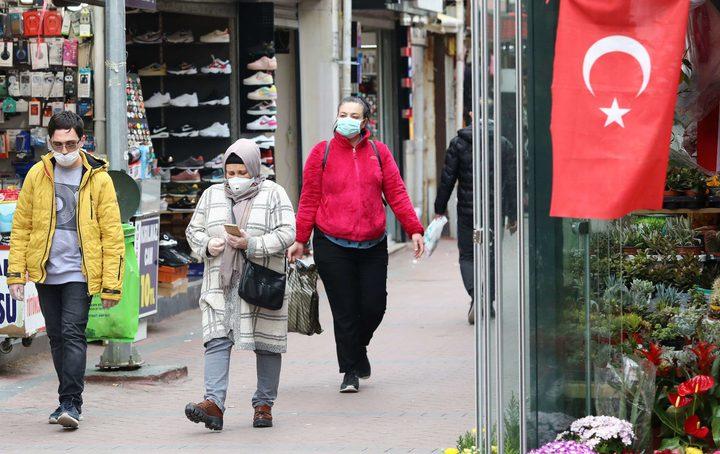 ارتفاع عدد الوفيات بفيروس كورونا في تركيا إلى 812