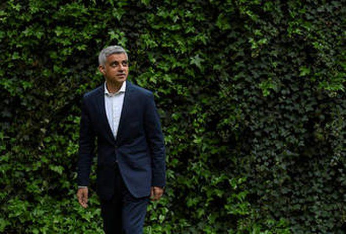 رئيس بلدية لندن: بريطانيا لم تصل لذروة تفشي كورونا بعد