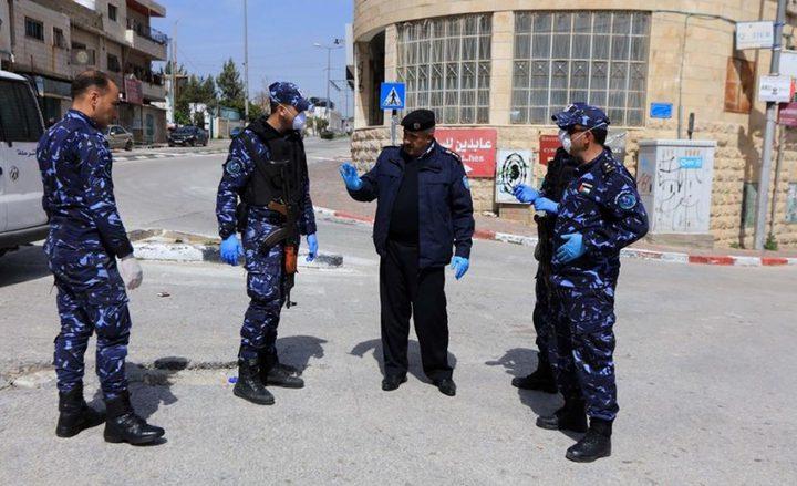 جنين: الشرطة تغلق منجرة وتقبض على 8 أشخاص