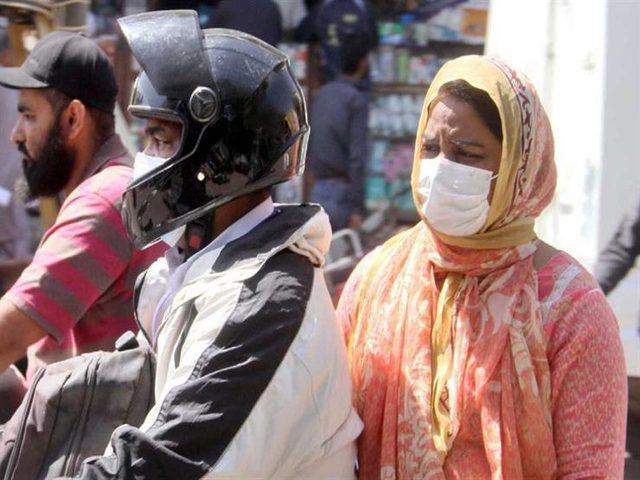 باكستان تعتزم إنهاء الإغلاق بسبب كورونا على مراحل
