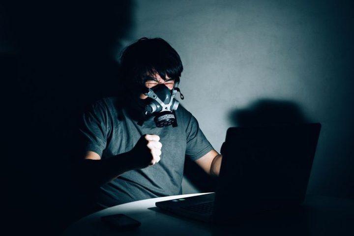 """وباء كورونا يرفع نسبة الاحتيال في عالم """"الإنترنت المظلم"""""""