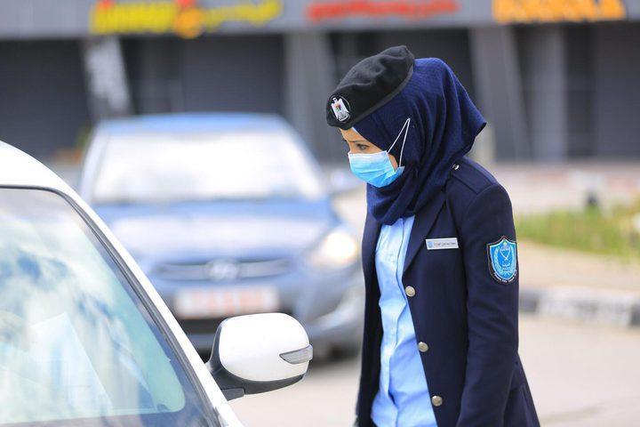 الشرطة النسائية تحث المواطنين على اجراءات الوقاية من فيروس كورونا