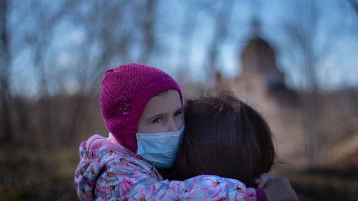 أعراض لفيروس كورونا لدى الأطفال تستدعي الانتباه