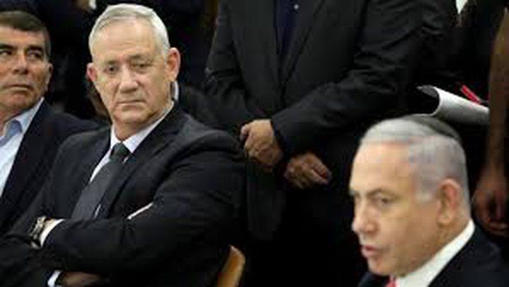 غانتس يهدد نتنياهو بمنعه من رئاسة حكومة الاحتلال