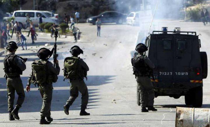 طولكرم:إصابة شاب خلال مواجهات مع الاحتلال غرب شويكة