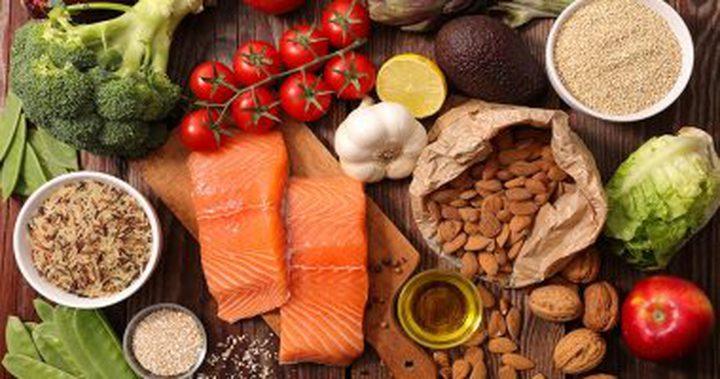 ما هو النظام الغذائي الذي يحمي الدماغ من الخرف؟