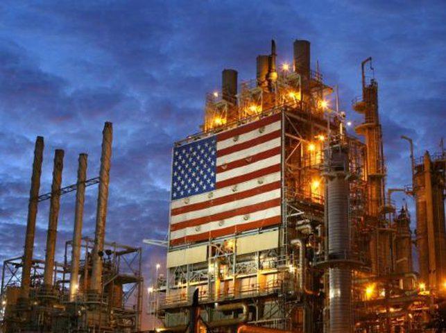 النفط الخام الأمريكي ينخفض بشكل غير مسبوق خلال يوم بـ 40%