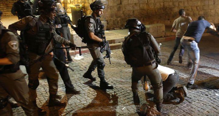 اصابة شاب برصاص الاحتلال  قرب جدار الفصل العنصري في قلقيلية