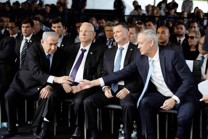 محللون: غانتس خرق جميع تعهداته بالإنضمام إلى حكومة نتنياهو