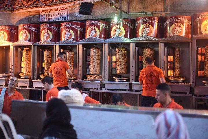اقتصاد غزة تقرر إعادة فتح كافة المطاعم في القطاع