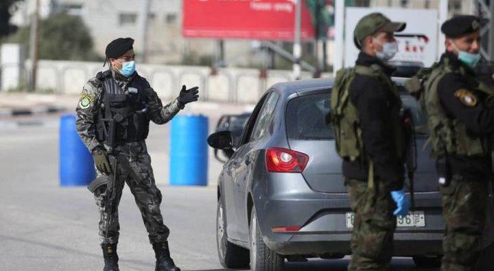 الشرطة تغلق 60 محلا تجاريا لعدم الالتزام بحالة الطوارئ في جنين