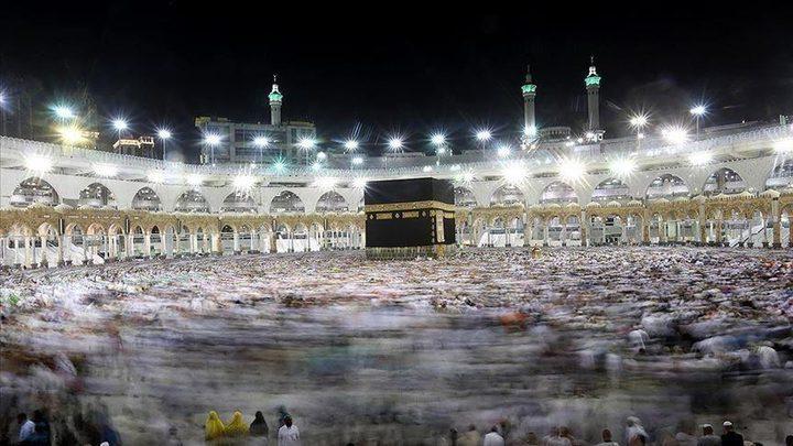 شاهد.. دعاء مؤثر لإمام الحرم المكي في ثاني أيام رمضان